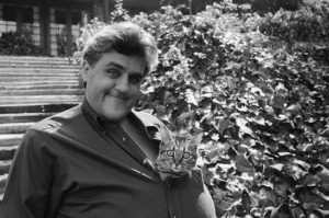 jay-leno-et-son-chat