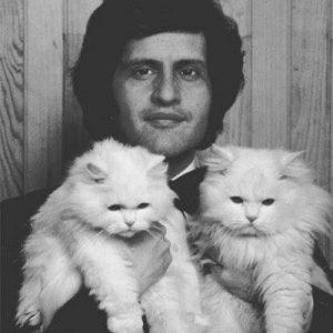 joe-dassin-et-ses-2-chats