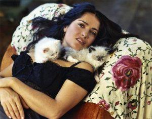salma-hayek-et-ses-chatons